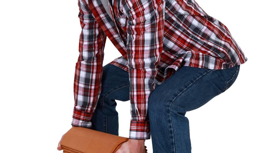 r ckenschule so gehen heben und tragen sie richtig. Black Bedroom Furniture Sets. Home Design Ideas