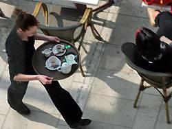 Kellner haben ein höheres Risiko, an Lung- oder Leberkrebs zu erkranken