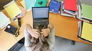 Rund 215.000 Menschen leiden der Befragung zufolge an unter Stress oder Beklemmungen bei der Arbeit