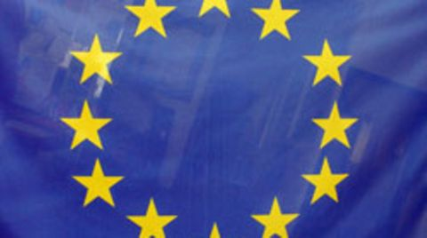 Die Flagge der EU könnte bald auch vermehrt in Serbiens Hauptstadt Belgrad wehen