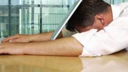 """""""Der berufliche Alltag ist geprägt von Arbeits- und Zeitdruck sowie schweren emotionalen Belastungen"""" - sagt DGB-Chef Sommer"""