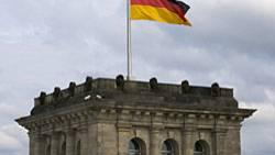 Die Deutschen blicken selbstbewusst in die Zukunft. Jeder zweite Bundesbürger hält sein Land für eine Weltmacht