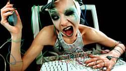 Viele Programme haben Lücken, durch die ungebetene Gäste in den PC eindringen können