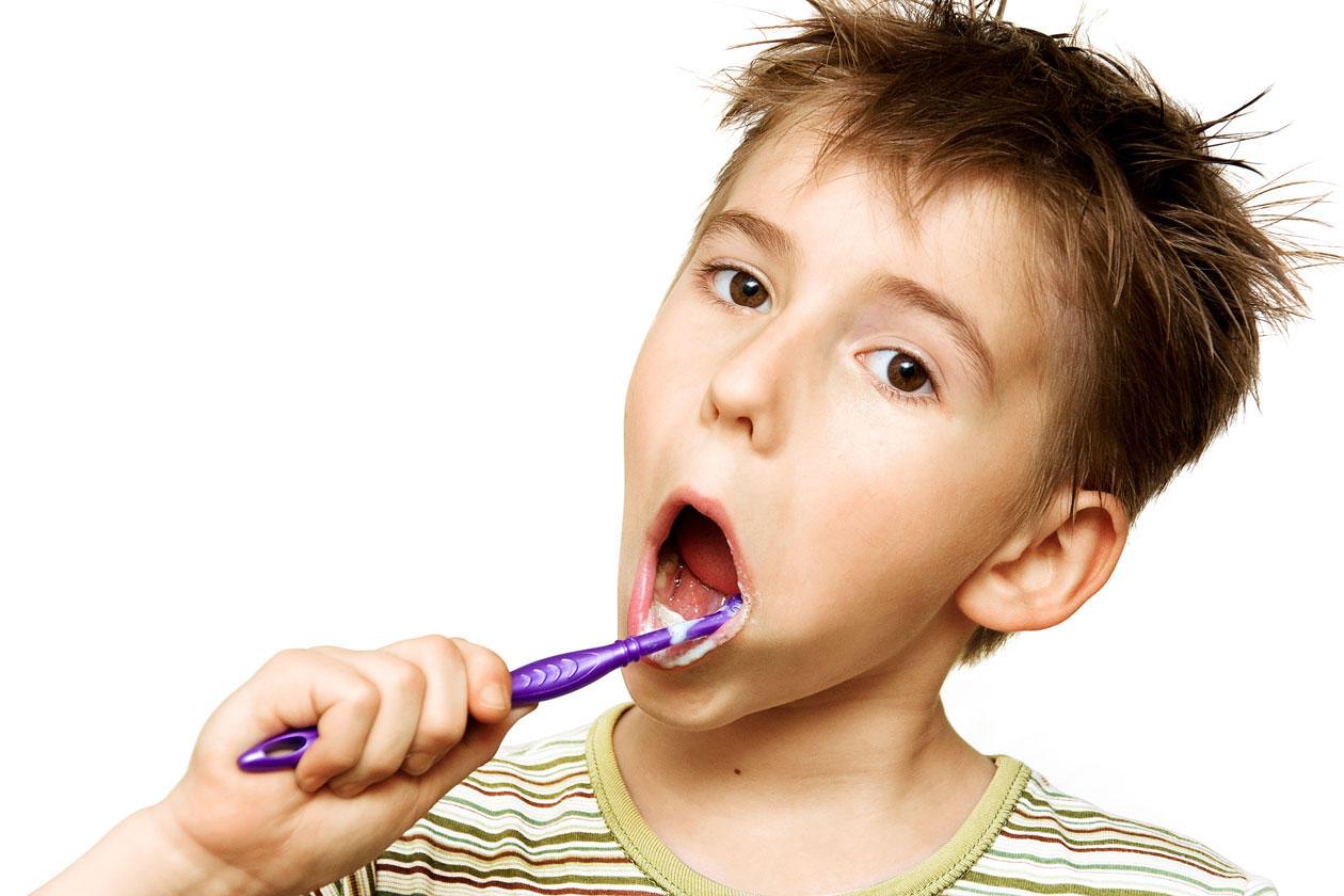 nach dem rauchen zähne putzen