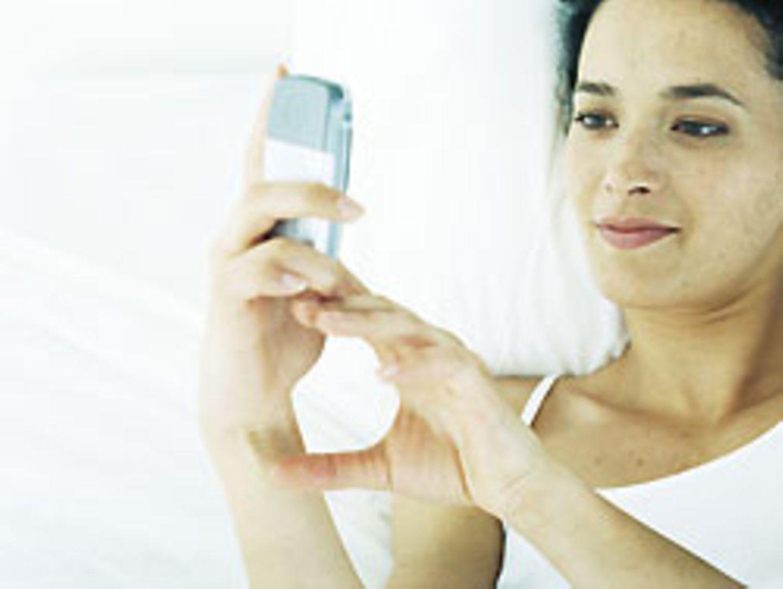 Auf fast jedem Handy von Klinikpersonal befinden sich laut einer Studie Krankheitserreger