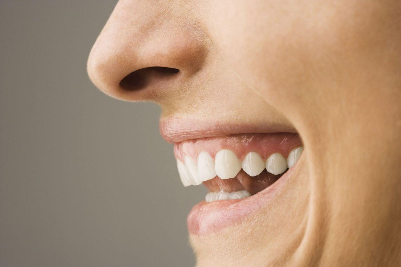 Diät, um das Gesicht und die Wamme zu verdünnen