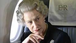 """Die britische Schauspielerin Helen Mirren posiert im Hamburger Hotel Atlantik. Mirren hat fuer ihre Rolle als Koenigin Elizabeth II. in dem Film """"Die Queen"""" einen royalen Segen erhalten."""