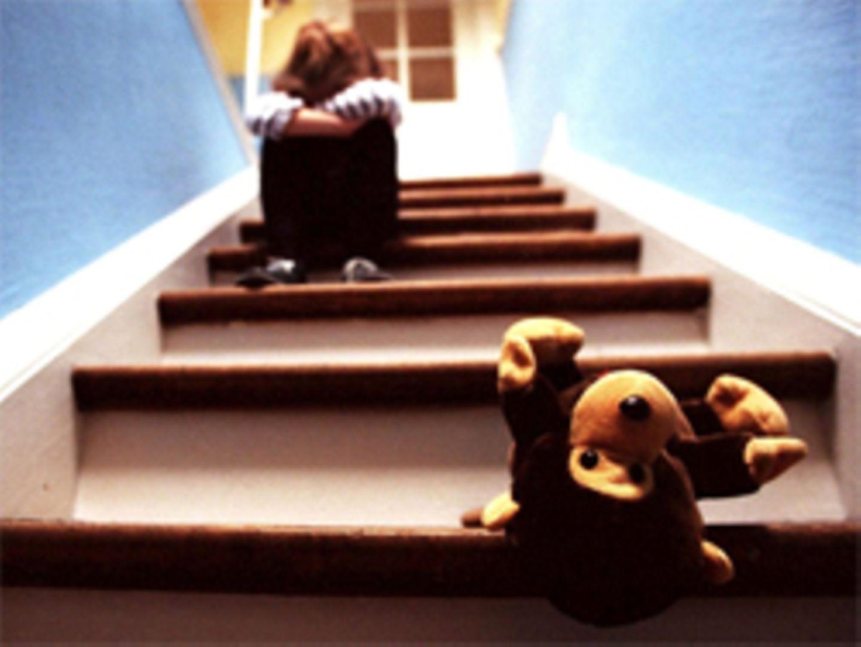 Zusätzliche Kinderrechte im Grundgesetz: Jürgen Gehb hält das für Ablenkungsmanöver und Symbolpolitik