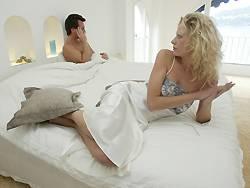 Ab einem Alter von 50 Jahren treten bei vielen Männern Erektionsstörungen auf