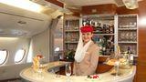 Eines der Ausstattungsdetails: Im Heck des Flugzeugs befindet sich eine Cocktailbar für Passagiere der Business Class    Video: So entsteht der neue Airbus