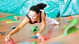 Bewegung ist der Schlüssel zum Erfolg. Erstens verbrennen Sie damit Kalorien. Zweitens entstehen dadurch Muskeln und der Körper verbraucht dann mehr Energie.