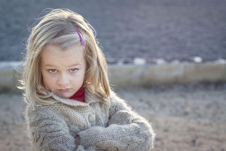 Mit Kritik können narzisstische Kinder nur schwer umgehen - sie sind es gewohnt bewundert zu werden und immer ihren Willen zu kriegen