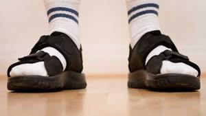 Laut Meteorologen sollen die Temperaturen mancherorts auf über 25 Grad steigen - Zeit für Sandalen. Aber doch bitte ohne Sandalen!
