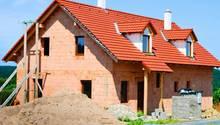 Die Zinsen sind auf einem Rekordtief - der richtige Moment, um sich eine Immobilie zu kaufen?