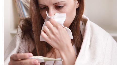 Erkältungen klingen meist von selbst ab - aber es gibt Tricks, um sie erträglicher zu machen