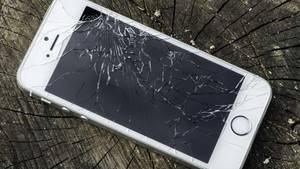 Gesplitterte Displays gehören zu den häufigsten Smartphone-Schäden