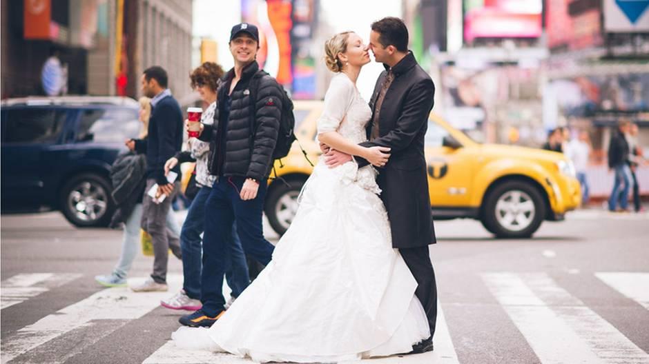 Deutsches Paar erzählt: Die Geschichte hinter dem Zach-Braff-Hochzeitsfoto