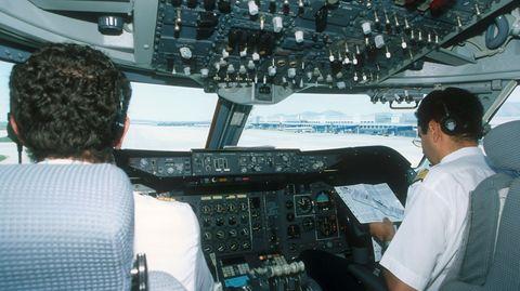 Theoretisch können sich Hacker in das Cockpit einer Passagiermaschine hacken, warnt der US-Rechnungshof