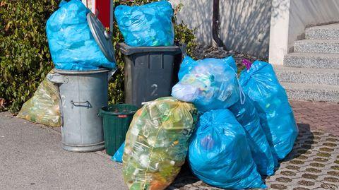 In Deutschland entsteht pro Sekunde fast eine Tonne Abfall.
