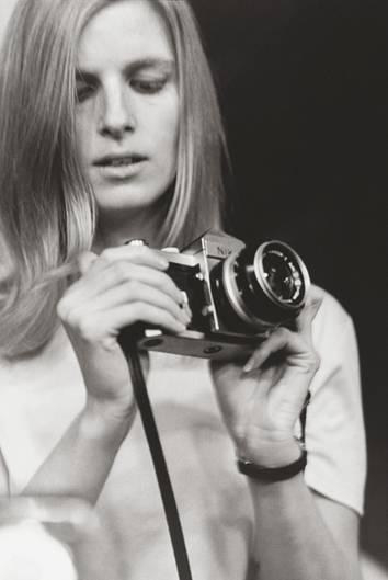 Linda McCartney in den 60er Jahren, aufgenommen von einem unbekannten Fotografen. Zu diesem Zeitpunkt trug sie ihren Mädchennamen Eastman.