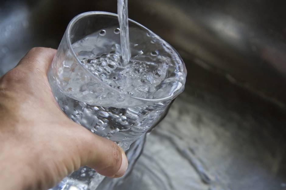 Beitrag vom 03.06.2015: Kann man das bedenkenlos trinken? Der stern TV-Leitungswasser-Test