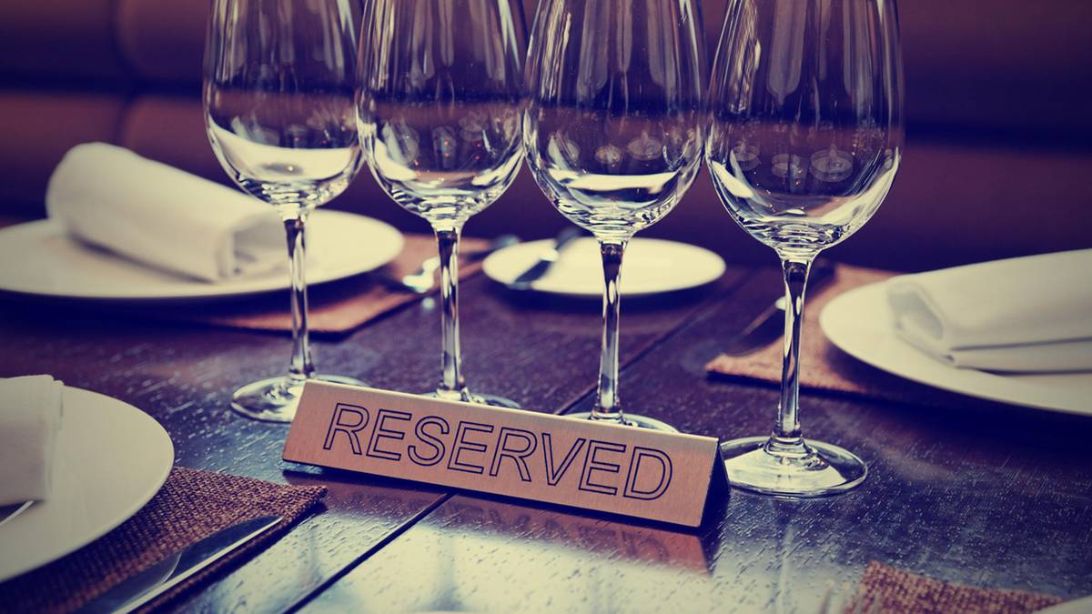restaurant besuch was beim essen gehen erlaubt ist. Black Bedroom Furniture Sets. Home Design Ideas