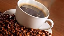 Hitze und Trockenheit setzen den Bohnen des Arabica-Kaffees zu.