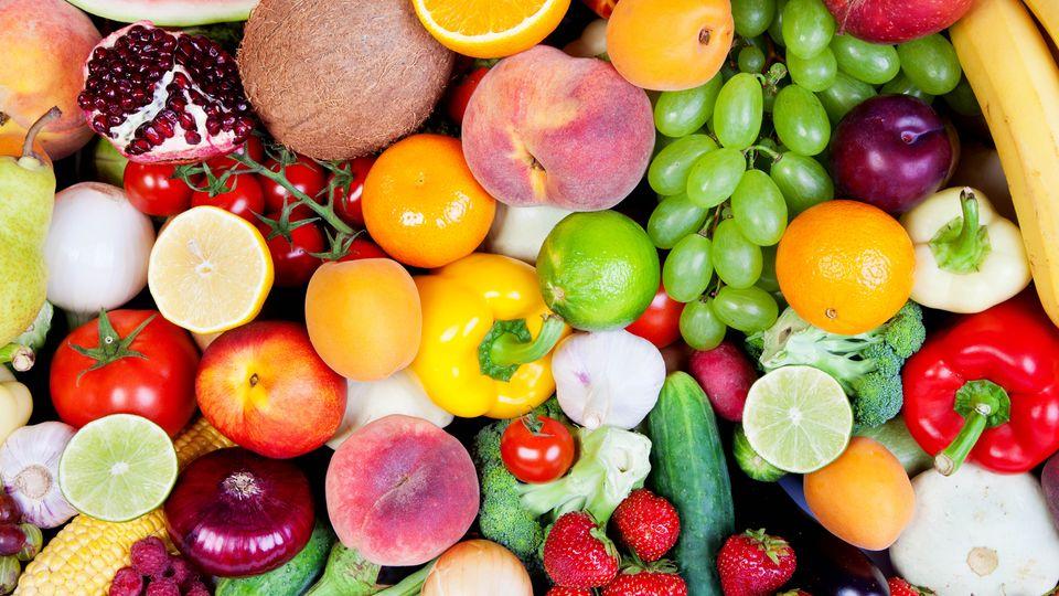 Buntes Obst und Gemüse