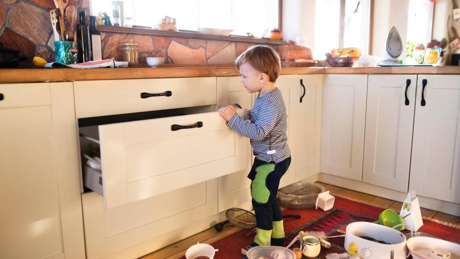 Gebrauchsspuren In Einer Küche Lassen Sich Nicht Vermeiden   Und Die Kosten  Für Die Abnutzung Sind