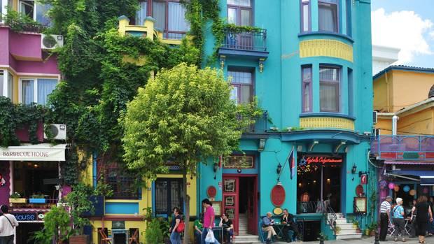 Reges Treiben auf Istanbuls Straßen