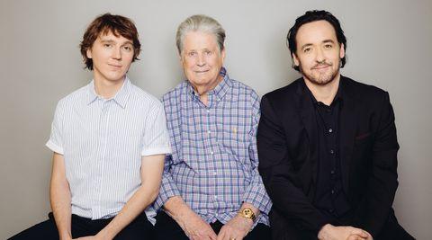 Brian Wilson (Mitte) und seine Film-Alter-Egos Paul Dano und John Cusack
