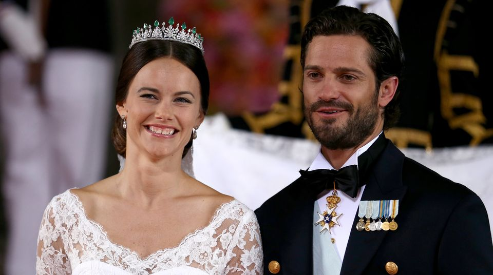 Die frisch gebackene Prinzessin Sofia und Prinz Carl Philip nach der Trauung.