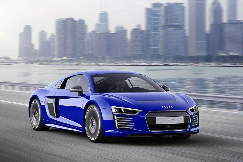 Der Audi R8 e-tron hat eine maximale Reichweite von 450 km