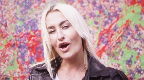 Sarah Connor steigt auf Platz zwei der deutschen Singlecharts
