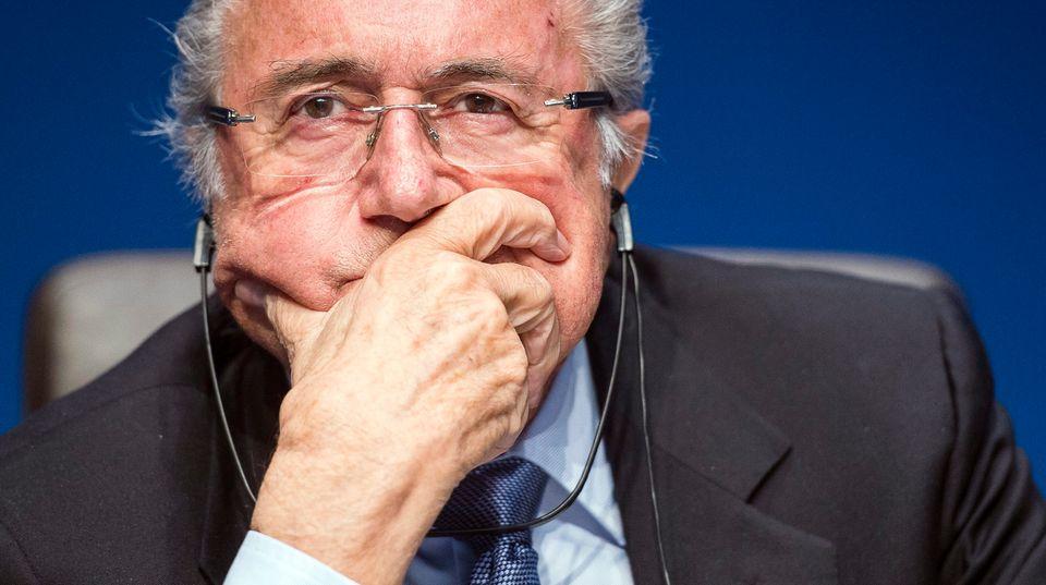 Im Skandal um den Weltfußballverband Fifa gibt es 53 Verdachtsfälle wegen Geldwäsche