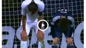 Uruguays Diego Godin und Lionel Messi: Parallele Verbeugung