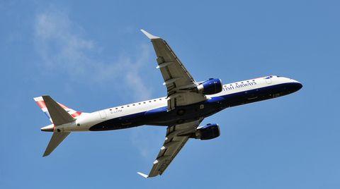 In London ist ein blinder Passagier aus einem Flugzeug der British Airways gefallen.