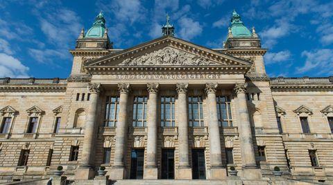 Urteil des Bundesverwaltungsgerichts: Bundestag muss Guttenberg- und UFO-Unterlagen herausgeben