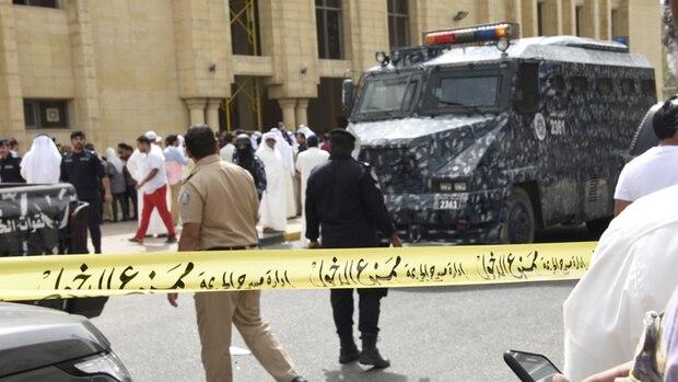25 Tote gab es bei dem Attentat auf eine Moschee in Kuweit-Stadt