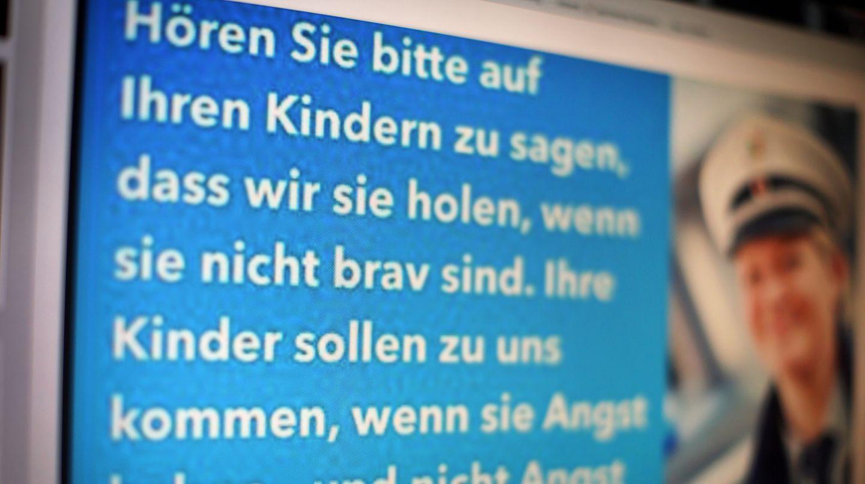Die Polizei in Hagen bittet Eltern, doch bitte nicht mit den Ordnungshütern zu drohen.
