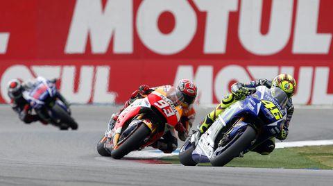 Harter Fight bei der MotoGP in Assen: Valentino Rossi vor Marc Marquez