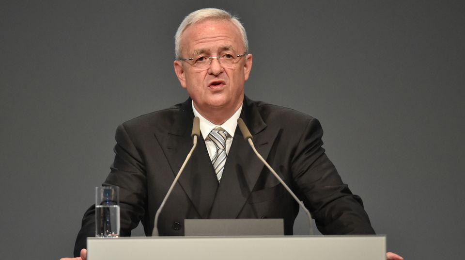 VW-Chef Martin Winterkorn kündigt einen neuen Volkswagen an