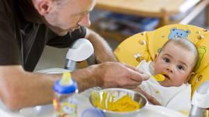 Ab dem 1. Juli können Väter und Mütter bis zu 28 Monaten das neue ElterngeldPlus beziehen