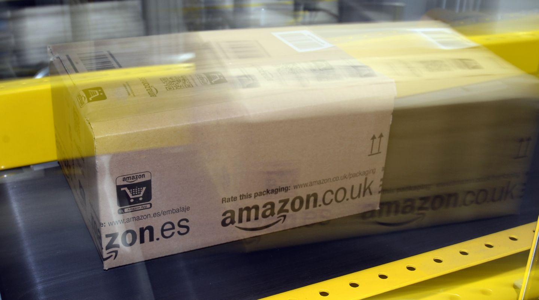 """Schnell, schneller, Amazon? Der Onlinehändler startet seinen Lieferdienst """"Prime Now"""" nun auch in Europa."""