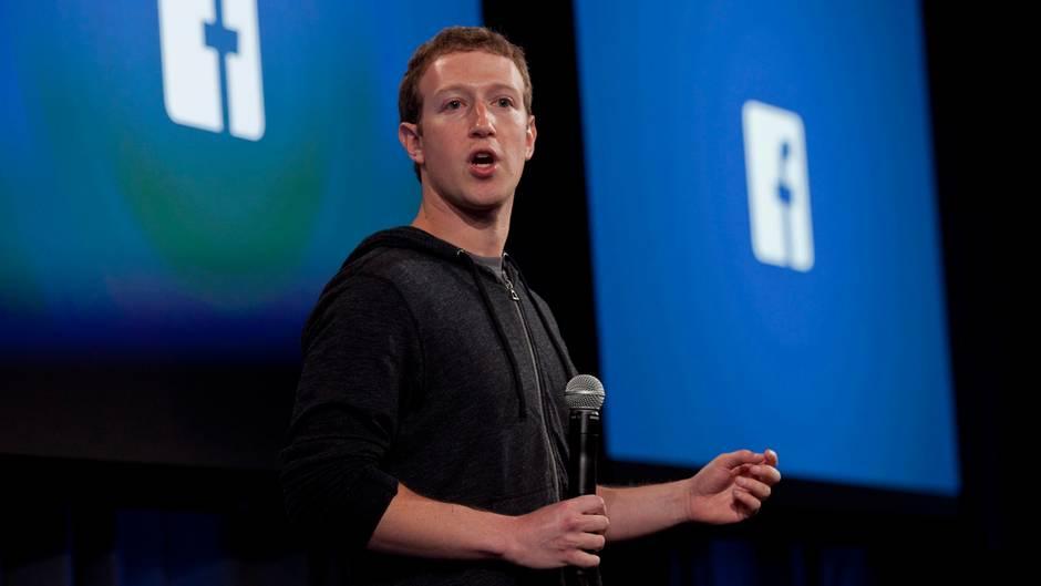 Mark Zuckerberg im 2013 bei einer App-Präsentation