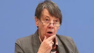 """""""Viele Polemiken und so manchen Unfug"""": Bundesumweltministerin Barbara Hendricks kritisiert die energiepolitischen Entscheidungen des Koalitionsgipfels"""
