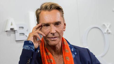 Designer Wolfgang Joop trauert um seine verstorbene Hündin Lottchen