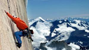 David Lama beim spektakulären Freiklettern auf den Cerro Torre in Südamerika, einem der schönsten und schwierigsten Berge der Welt.