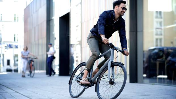 Das Commuter ist ein wendiges Rad zu Fahren in der Stadt.