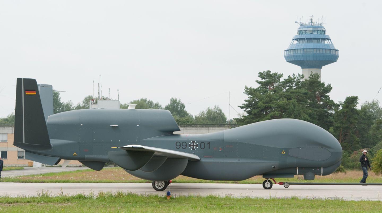 Das Verteidigungsministerium plant die Entwicklung einer neuen Drohne für Aufklärungs- und Kampfeinsätze